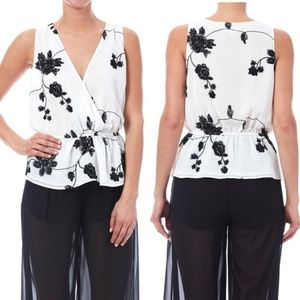 NWT BB Dakota Peplum Floral Embroidered Top 016